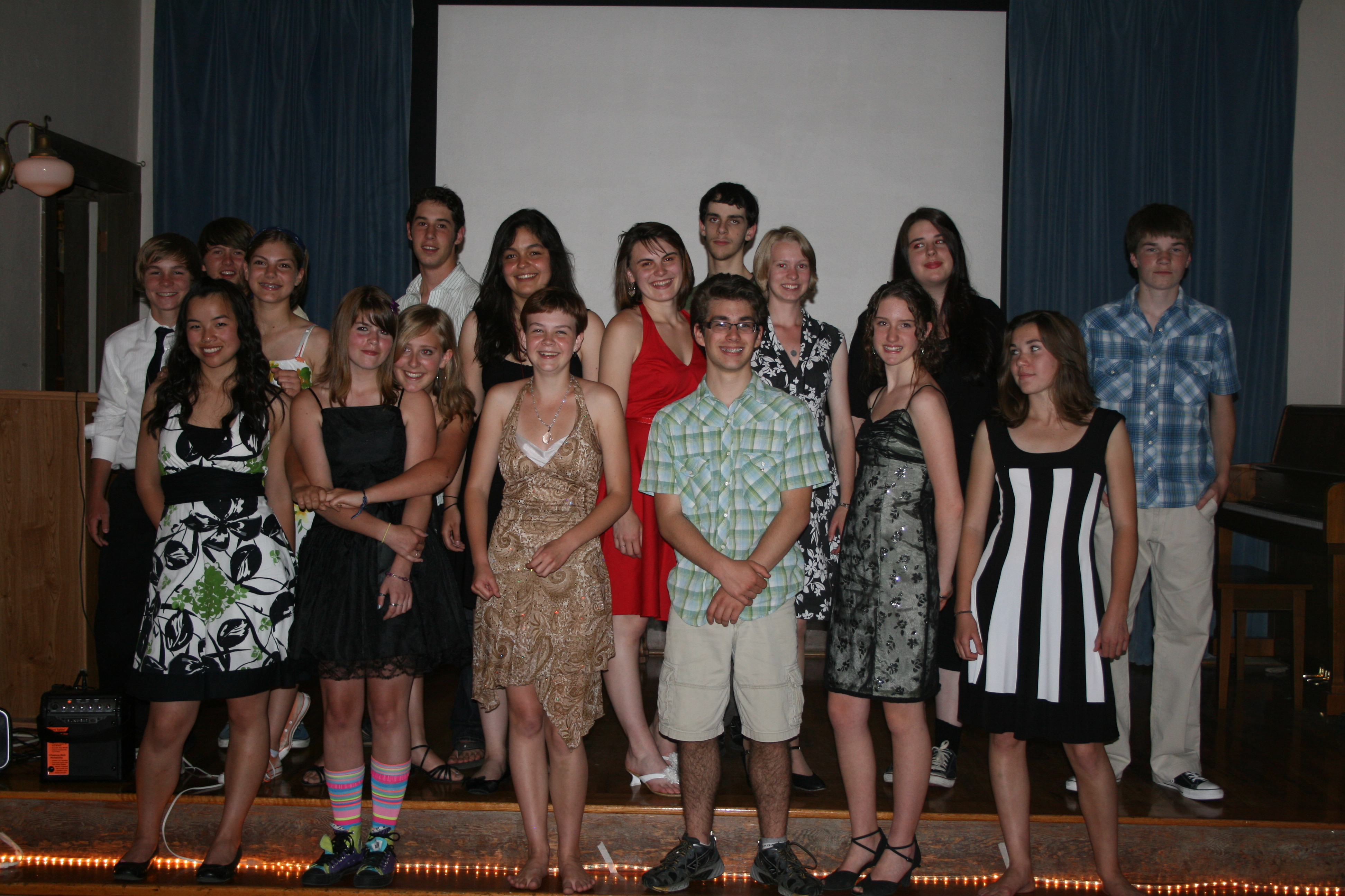 2010-04 Moving On Celebration for Willow Wind Students 033